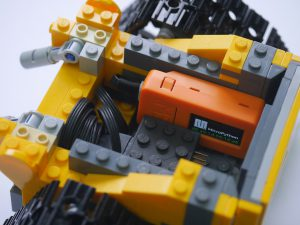LEGO Ideas WALL-E 21303をM5Stick-Cで動かそう。