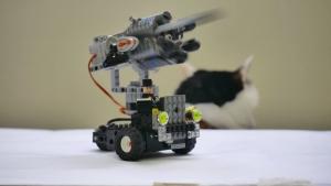 レゴでキャノン砲を6連射するオトナゲナイメカを作ってみた。